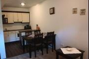 Vorschau Wohnzimmer: Küche und Essbereich